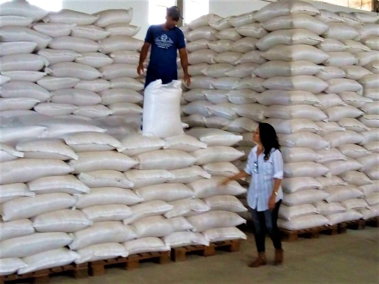 CONAB libera milho para pequenos produtores rurais de Iaçu, através da Secretaria Municipal de Agricultura