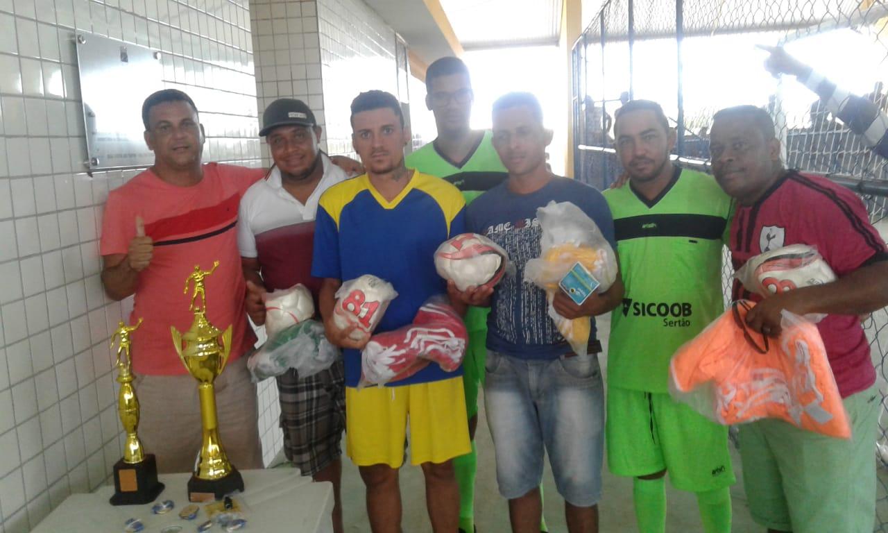 Diretoria de Esportes realiza primeiro torneio de futsal na quadra do Assentamento Beira Rio