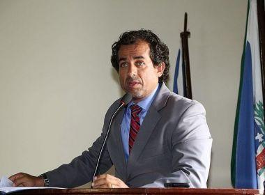 Santo Amaro: Após descumprir mandado de prisão, ex-prefeito se entrega à Justiça