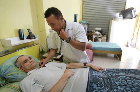 Governo cubano anuncia saída do programa Mais Médicos