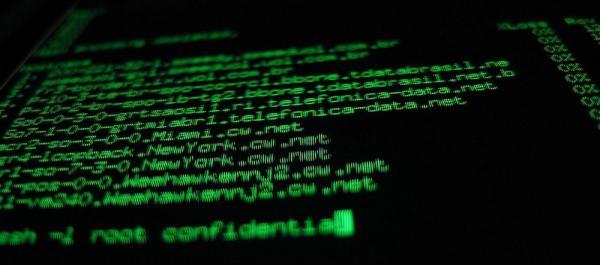 Dados pessoais de 620 milhões de contas de 16 sites são vendidos no submundo da internet.
