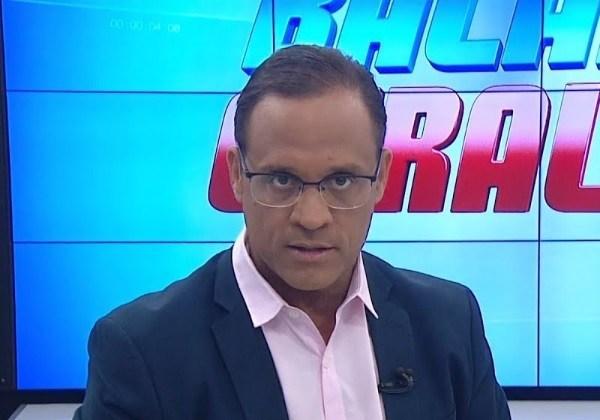 Líder na TV, Zé Eduardo reflete sobre candidatura a prefeito de Salvador.