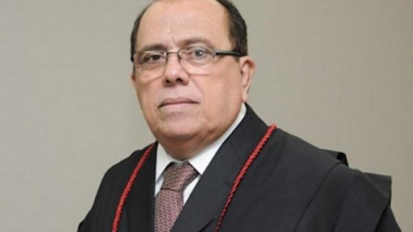 STJ condena desembargador e pela perda do cargo e 13 anos e 8 meses de prisão.
