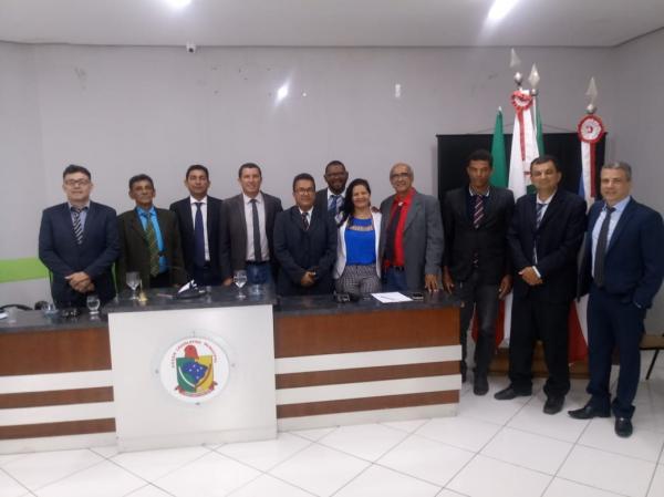 Por dez votos favoráveis, Câmara de Iaçu aprova contas de 2017 do prefeito Adelson Oliveira