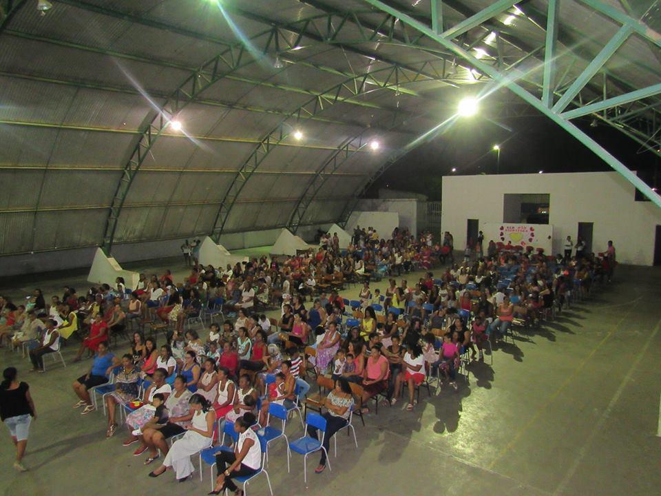 Secretaria de Educação promove atividades em comemoração ao DIA DAS MÃES