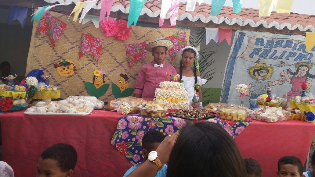 Festas juninas marcam o encerramento do 1º semestre das aulas em Boa Vista do Tupim