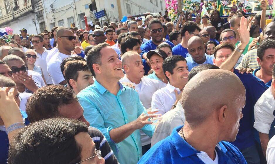 Pablo participa de cortejo 2 de Julho e diz que a Bahia terá novos rumos com Neto governador