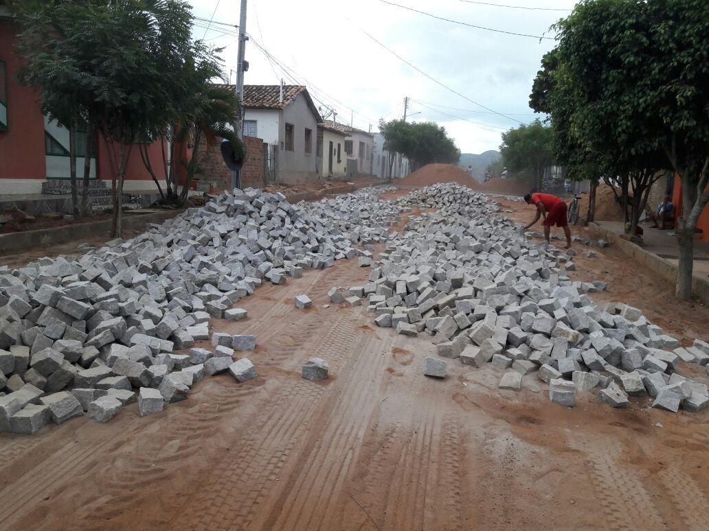 Prefeitura de Iaçu inicia obras de pavimentação e esgotamento sanitário no Distrito de João Amaro
