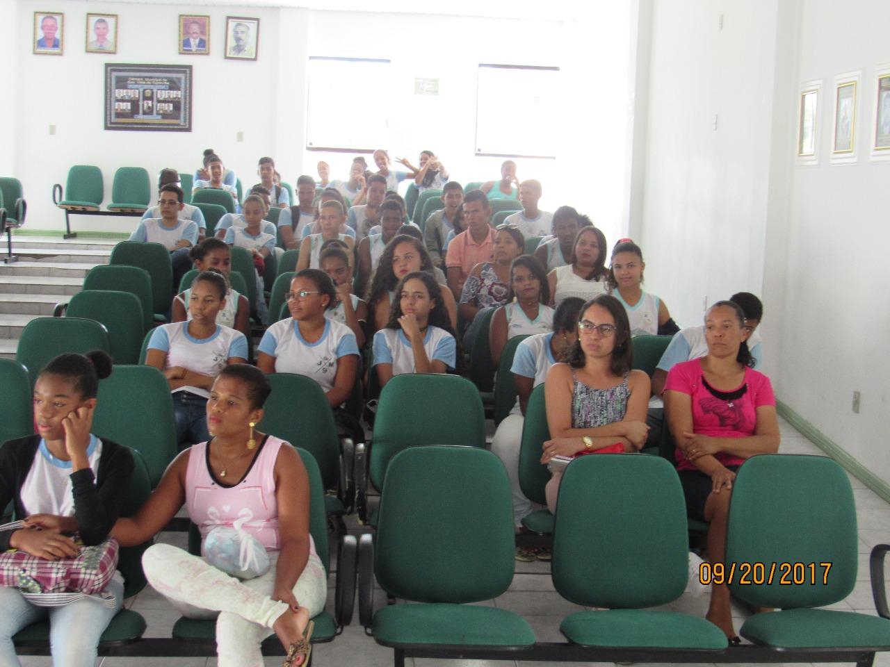 Seminário realizado em Boa Vista do Tupim demonstra aos alunos todas as etapas da Prova Brasil