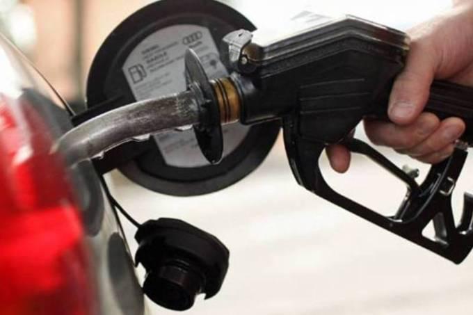 Gasolina atinge menor valor em 8 semanas nos postos do país
