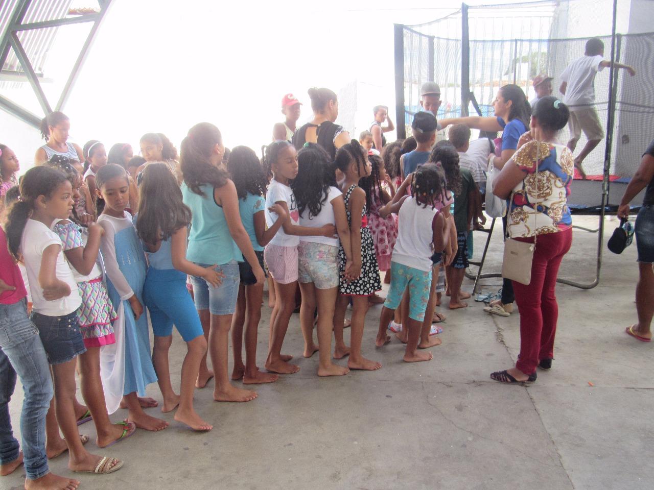 Escolas Municipais de Boa Vista do Tupim realizam festa para comemorar o Dia das Crianças