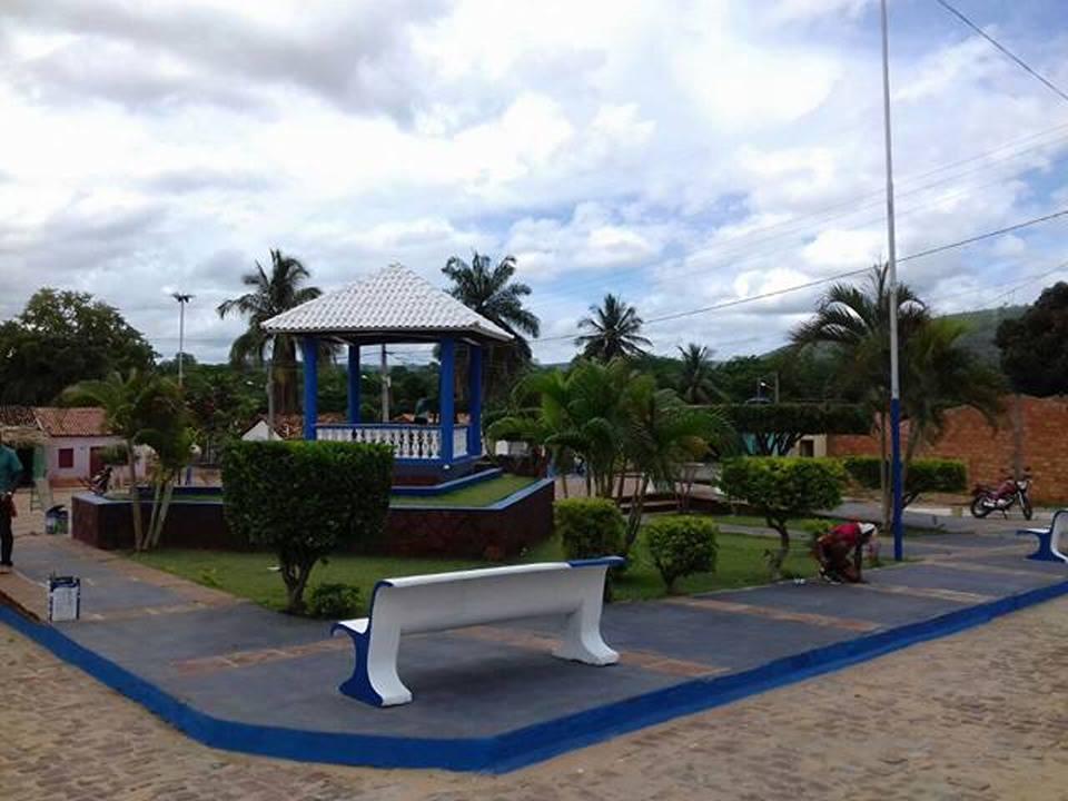 Prefeitura reforma praça de Santa Luzia