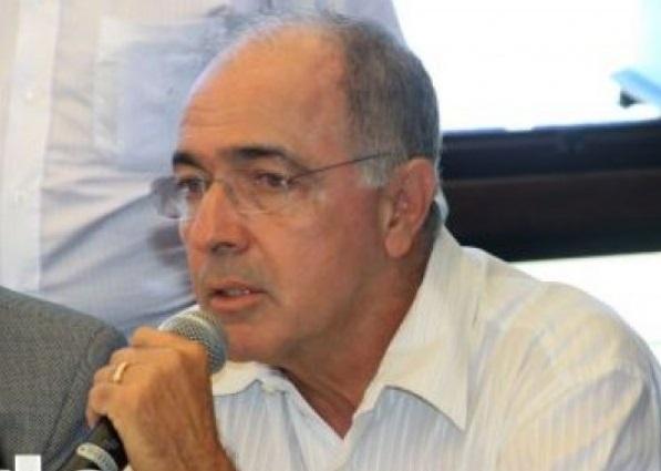 Governo do Estado contrata carro de som para falar mal de Neto no interior, acusa Aleluia