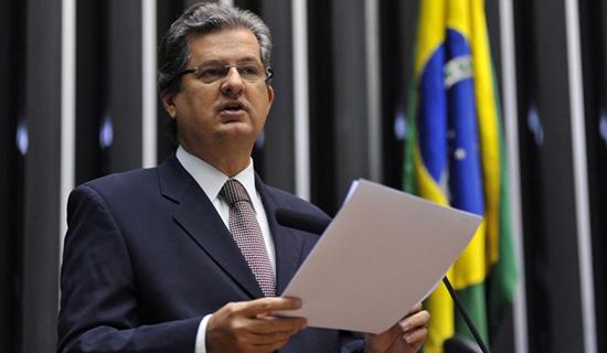 Em pesquisa realizada pelo Bahia Noticias/P&A Jutahy seria eleito senador em disputa com Coronel na chapa de Ruy
