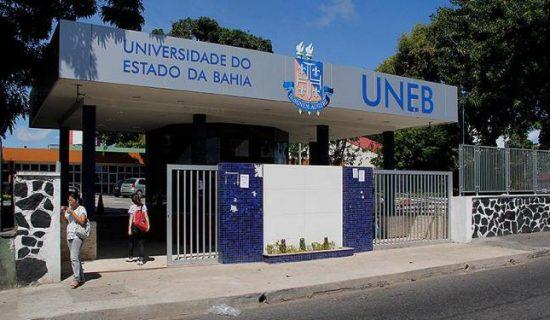 Acusado de assédio sexual, professor de Direito da UNEB se entrega à polícia