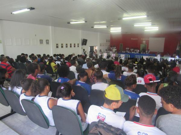 """Boa Vista do Tupim: Educação  realiza 1º Fórum sobre Drogas, com o tema: """" Vamos falar sobre drogas"""""""