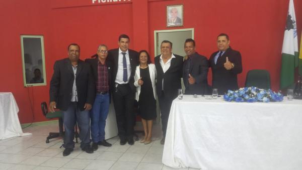 Prefeito Helder Lopes Campos participa da posse do presidente da Câmara de Boa Vista do Tupim