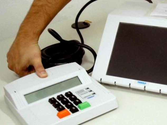 Com biometria, TSE detecta 15,6 mil fraudes em títulos eleitorais