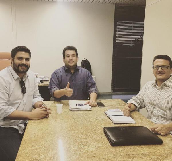 Dr. Murilo, Lucas Lobão e Paulo Passos na sede do DNOCS em Salvador