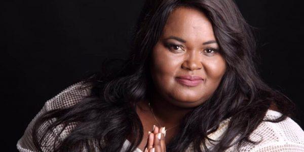 Fabiana Anastácio, cantora gospel, morre aos 45 anos de Covid-19 em SP.