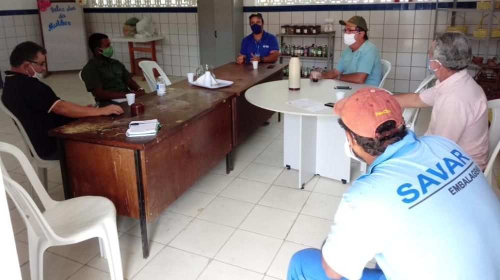 Cadeia produtiva de leite reúne empresa Betânia Lácteos, produtores e representantes da prefeitura municipal de  Boa Vista do Tupim-BA